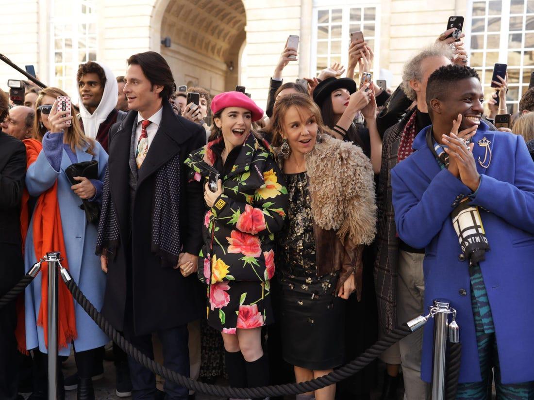 Um dos momentos que o network foi importante para Emily Emily in Paris