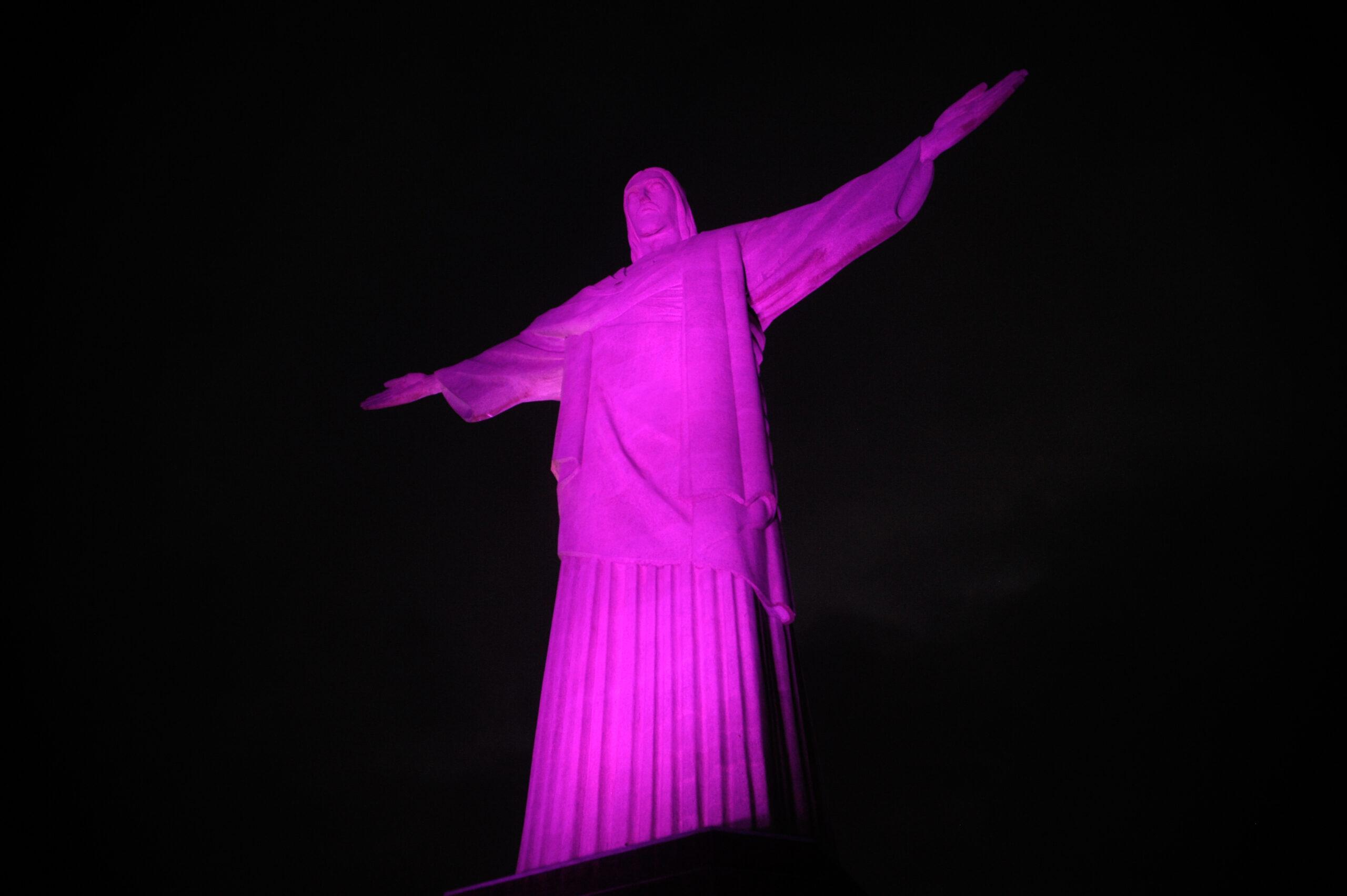 cristo redentor outubro rosa