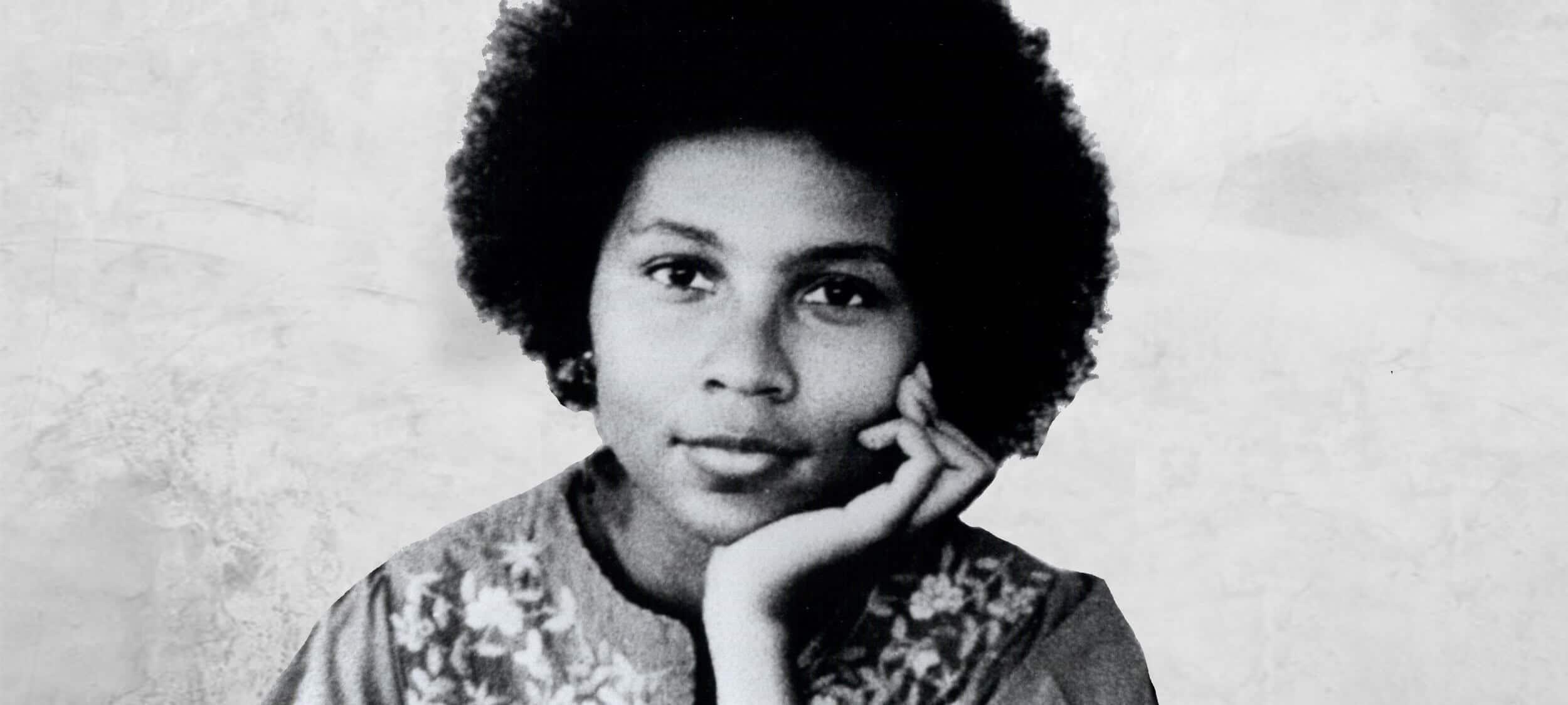 Escritora bell hooks. Primeira indicação do escritoras negras