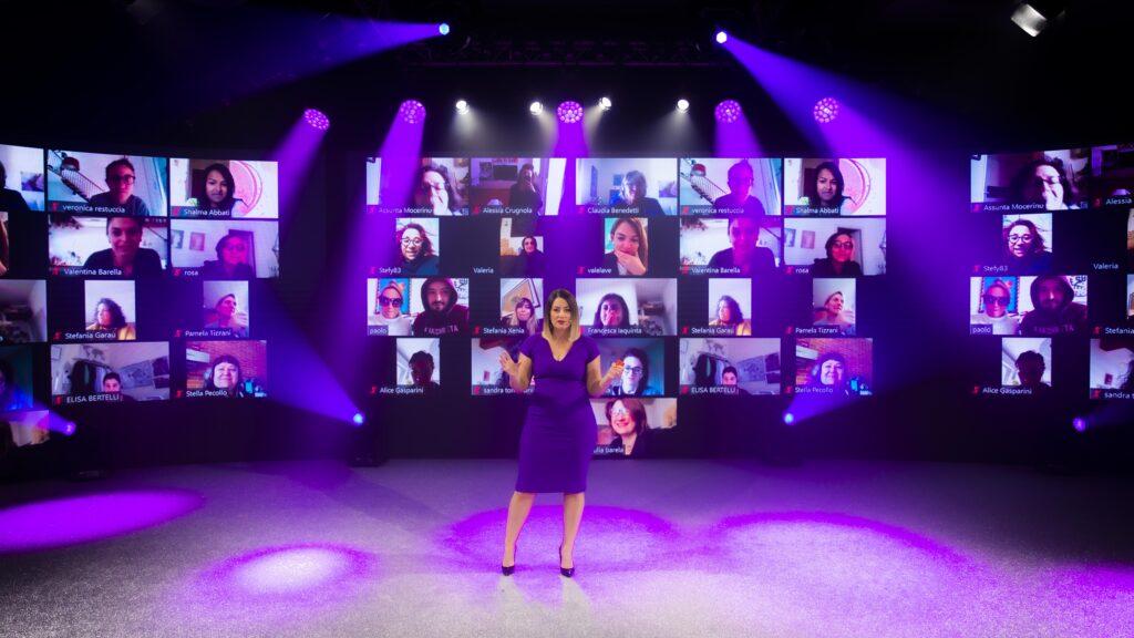 Foto de Veronica Benini em streaming no evento 9musemilano 2020.